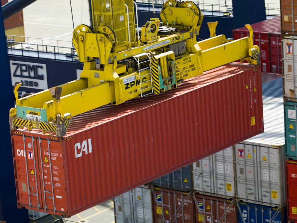 Vì sao Việt Nam chưa sản xuất container? kinhtetrithuc.vn 1