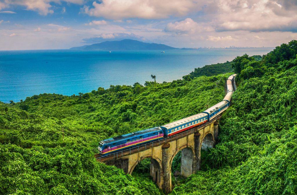 Đường sắt đang tụt hậu, lượng khách ngày càng giảm kinhtetrithuc.vn 1