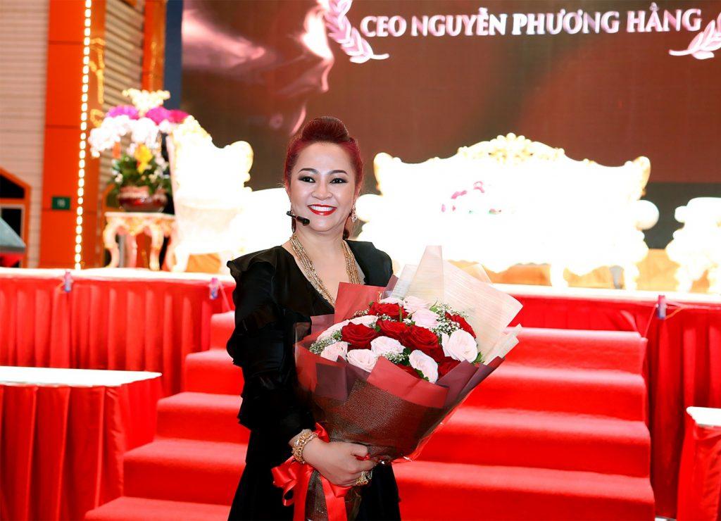 Bà Phương Hằng và cuộc đại náo chấn động giới showbiz - kinhtetrithuc.vn 1