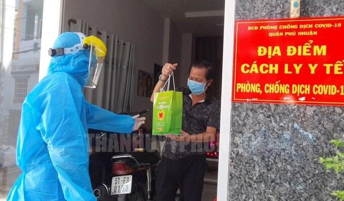 Hơn 19.000 F0 được điều trị tại nhà như thế nào - kinhtetrithuc.vn 1